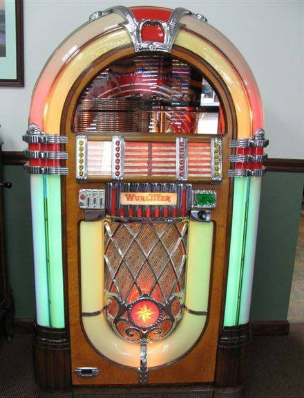 Listen below to Patsy Cline sing her song Crazy on this beautiful Wurlitzer 1015.